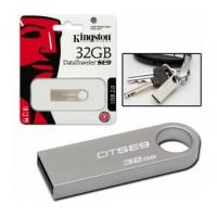 Флеш-память Kingston DataTraveler SE9 (Silver) 32GB (чт.10/зап.5 Мбайт/сек)